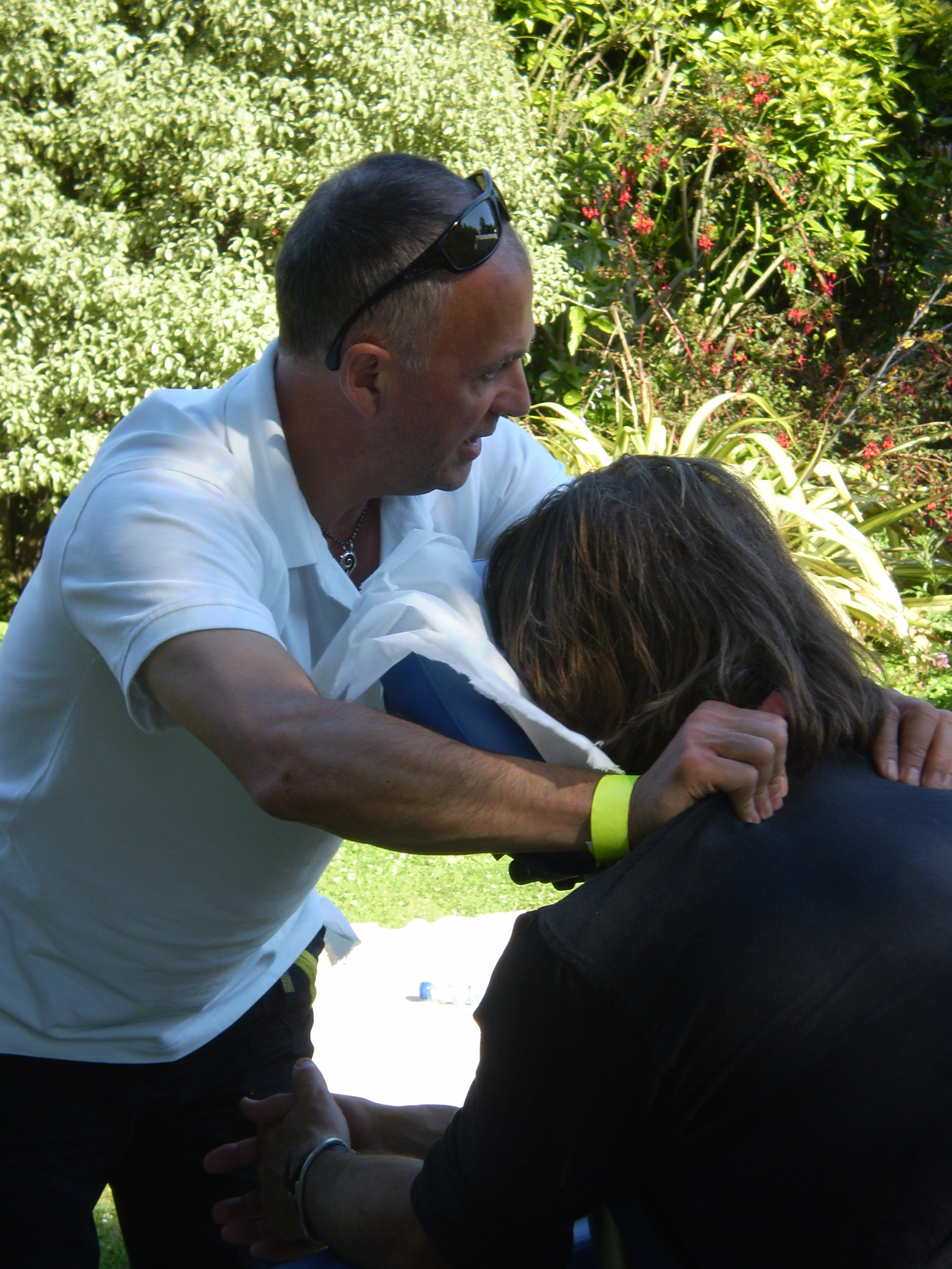 Albie treats one of the musicians in the gardens